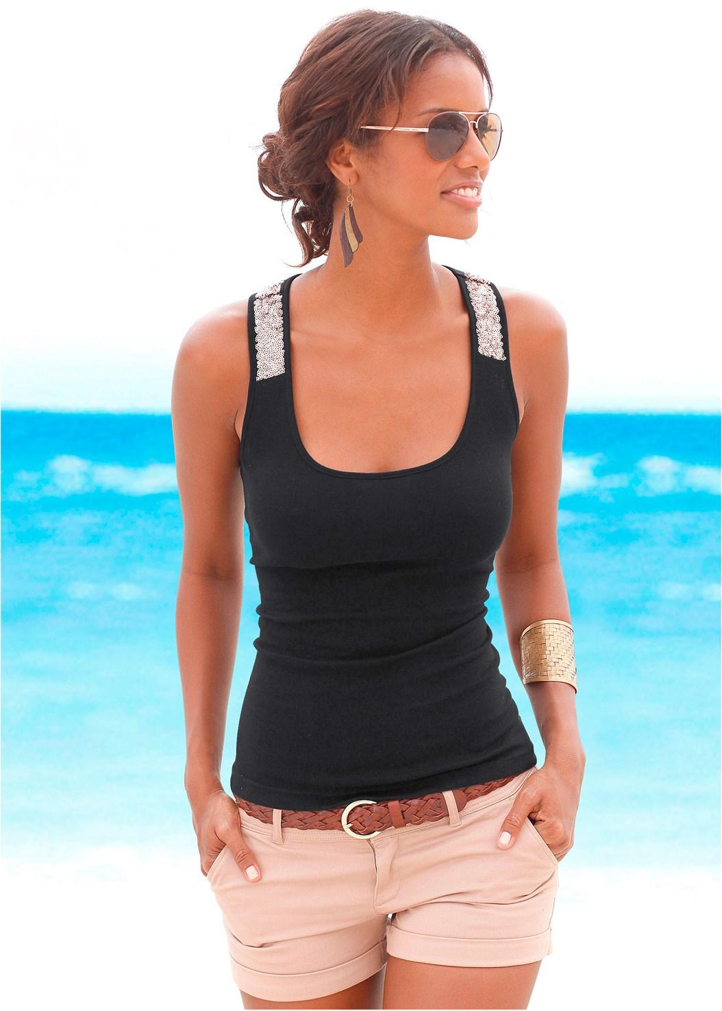Sequin Detail Tank,Frayed Cut Off Jean Shorts,Strapless Bra