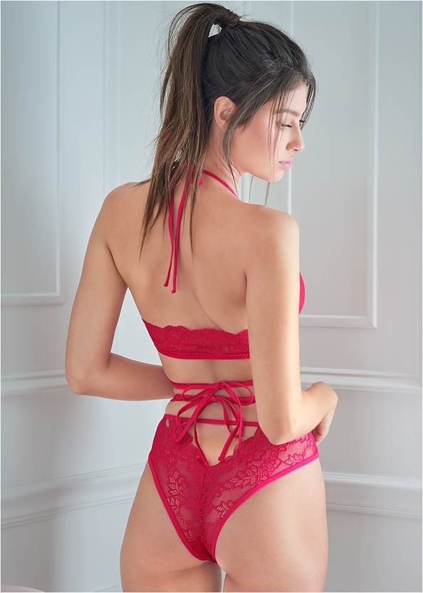 Cropped back view Lace Bralette And Panty Set