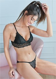 Cropped front view Paisley Lace Bralette
