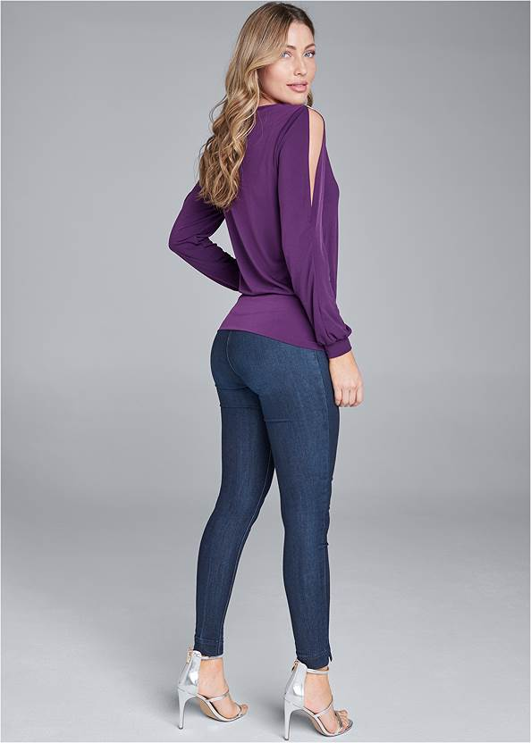 Back View Sleeve Detail Top