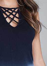 Detail front view Ombre Strappy Top