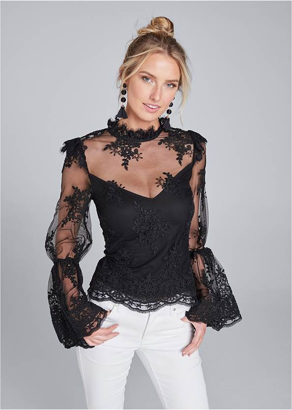 Lace Mock Neck Top,Bum Lifter Jeans,High Heel Strappy Sandals,Beaded Leaf Shape Earrings,Animal Chain Crossbody Bag