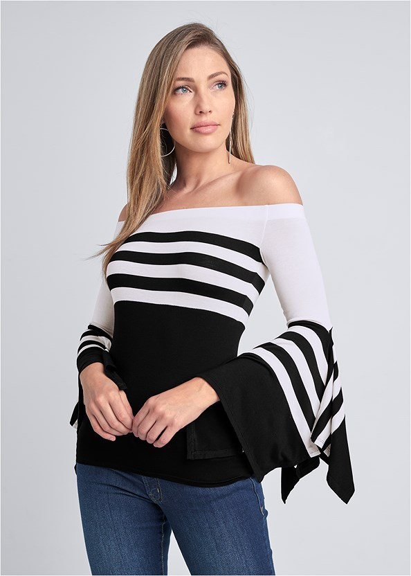 Off The Shoulder Striped Top,Mid Rise Color Skinny Jeans,Strapless Bra With Geo Lace,High Heel Strappy Sandals,Hoop Detail Earrings
