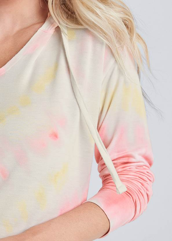 Alternate View Lounge Tie Dye Pullover