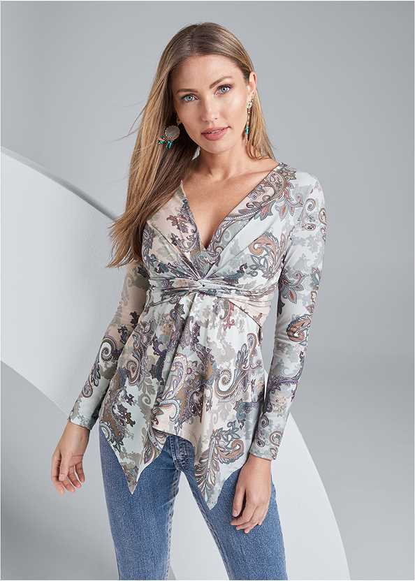 Paisley Print Top,Mid Rise Color Skinny Jeans,Seamless Unlined Bra,High Heel Strappy Sandals