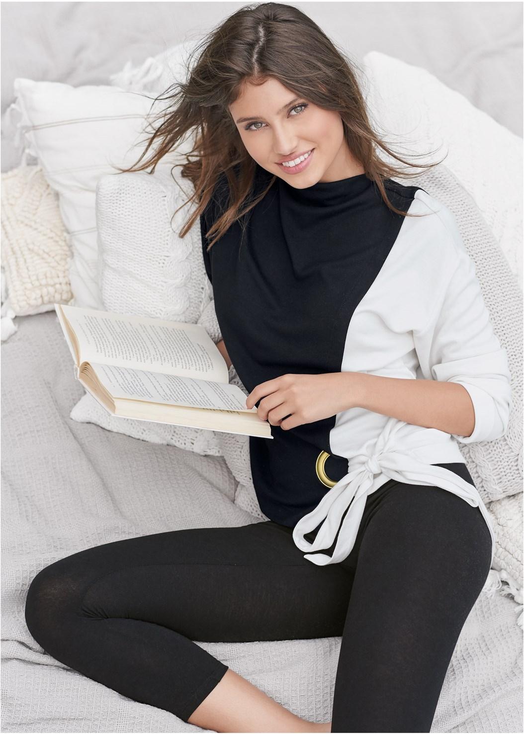 Color Block Sweatshirt,Capri Legging Two Pack,Mid Rise Slimming Stretch Jeggings,Seamless Unlined Bra,Square Hoop Earrings