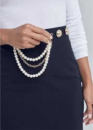 Detail  view Smoothing Chain Belt Pencil Skirt