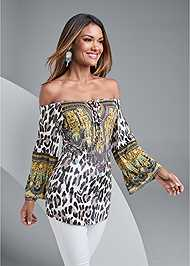Cropped front view Animal Print Top