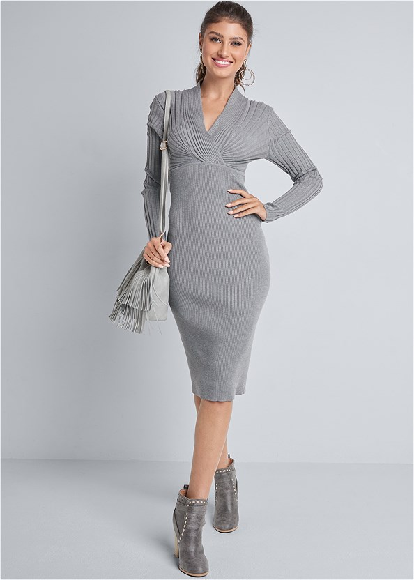 Midi Sweater Dress,Seamless Unlined Bra,Studded Matte Hoops,Fringe Bucket Bag