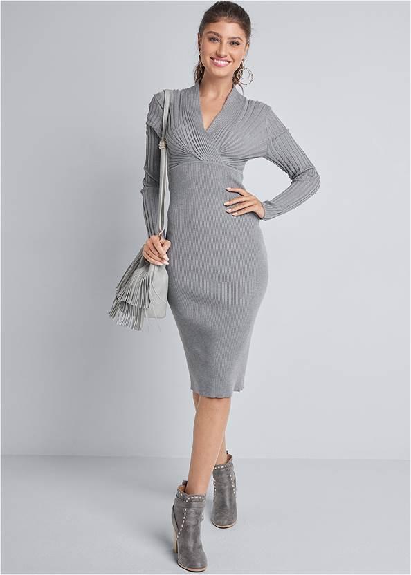 Midi Sweater Dress,Fringe Bucket Bag