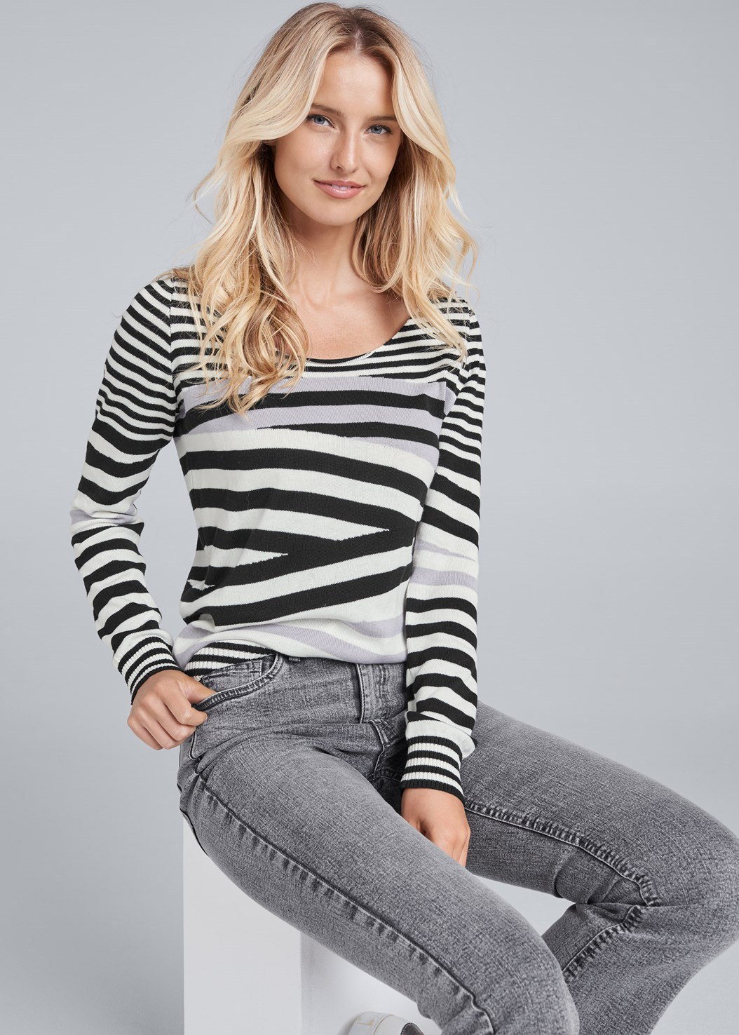 Striped Crew Neck Sweater,Washed Kick Flare Jeans