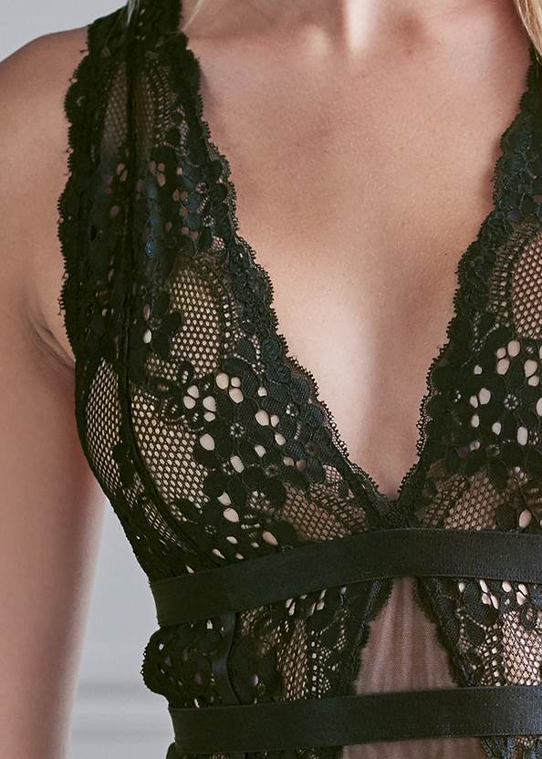 Alternate View Lace And Mesh Sexy Set