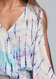 Detail front view Tie Dye Cold Shoulder Top