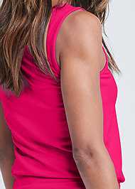 Detail back view Scoop Neck Ruched Dress