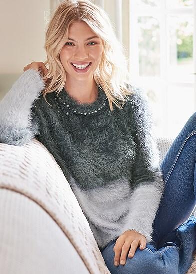 Plus Size Cozy Pearl Trim Sweater