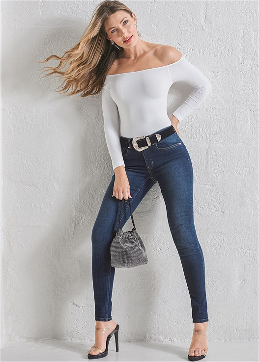 COLOR SKINNY JEANS,OFF THE SHOULDER TOP,LACE DETAIL TANK,STRAPPY HEELS,HOOP DETAIL EARRINGS,TIGER DETAIL EARRINGS,LUREX DETAIL SCARF,WRAP AROUND HEELS,BEADED STATEMENT EARRINGS