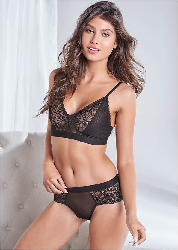Cropped front view Lace Trim Triangle Bralette