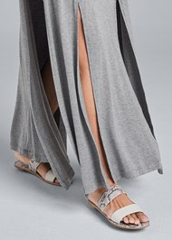 Detail front view High Slit Casual Maxi Dress