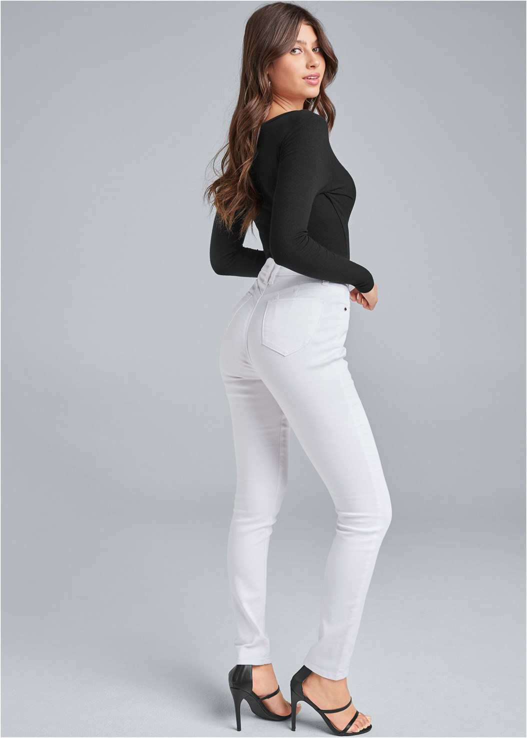 Bum Lifter Jeans,Ribbed V-Neck Top,Button Up Bodysuit,High Heel Strappy Sandals,Pearl Detail Bracelet Set,Print Detail Handbag