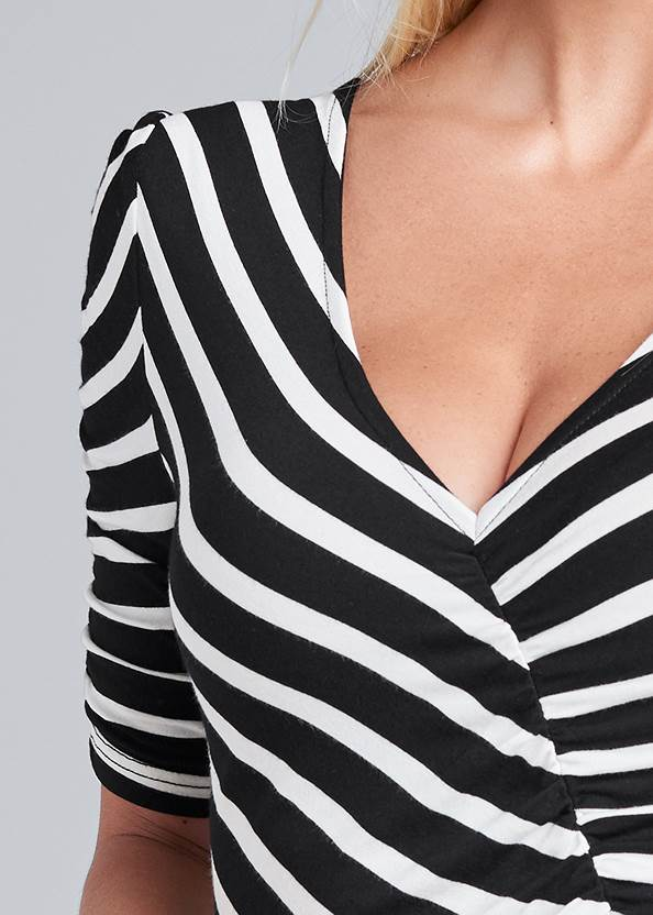 Detail front view Ruched V-Neck Top