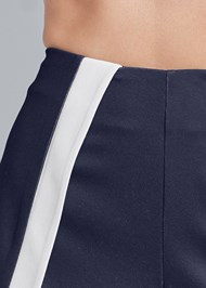 Detail front view Color Block Fashion Skort