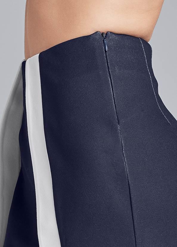 Detail side view Color Block Fashion Skorts