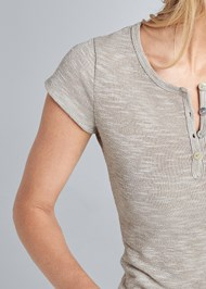 Detail front view Glitter Detail Casual Tee