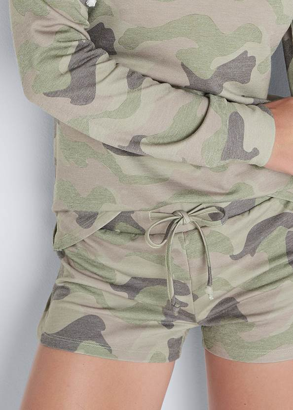 Alternate View Lounge Hoodie Shorts Set