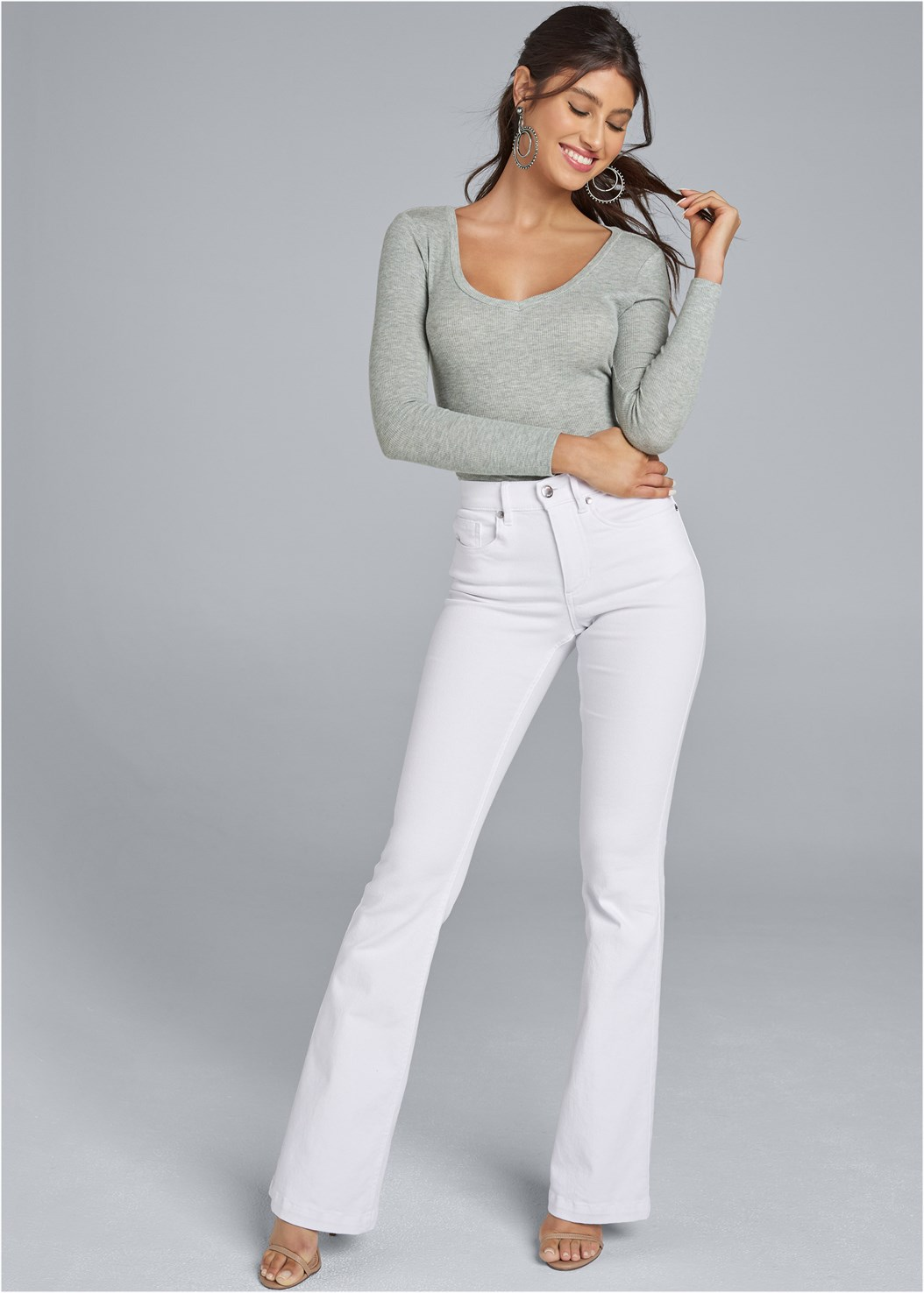 Casual Bootcut Jeans,Ribbed V-Neck Top,High Heel Strappy Sandals,Bead Detail Crochet Bag