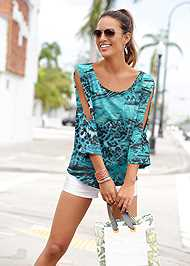 Front View Printed Slit Detail Top