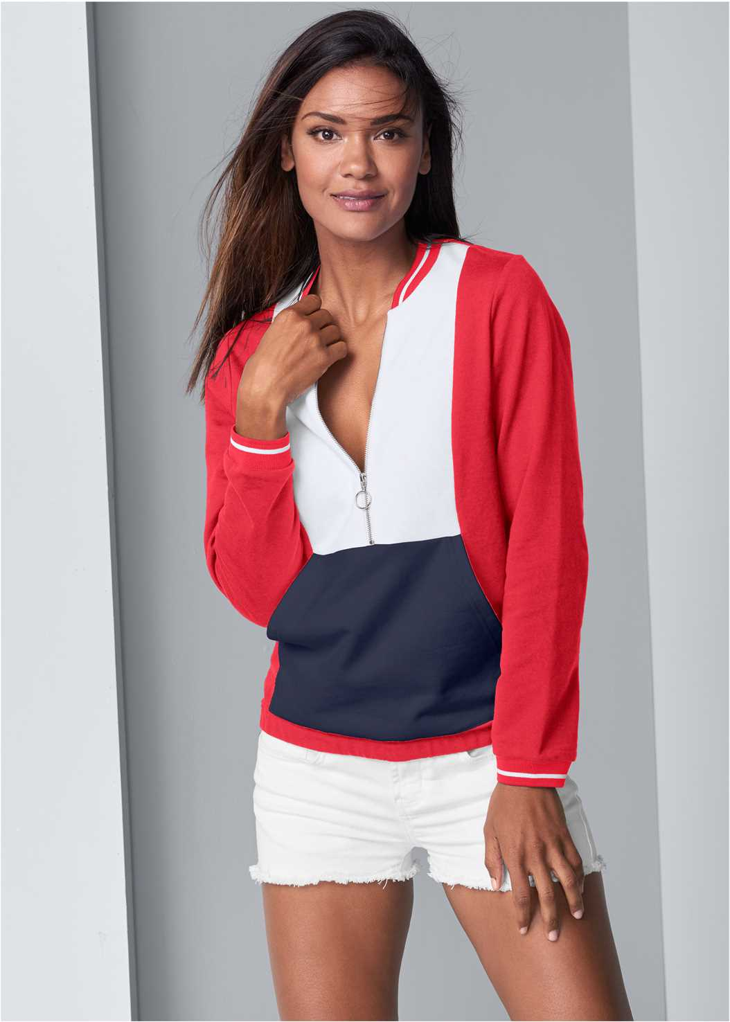 Color Block Sweatshirt,Frayed Cut Off Jean Shorts,Embellished Slides