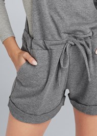 Detail front view Lounge Short Overalls