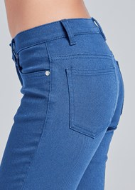 Detail side view Mid Rise Color Skinny Jeans