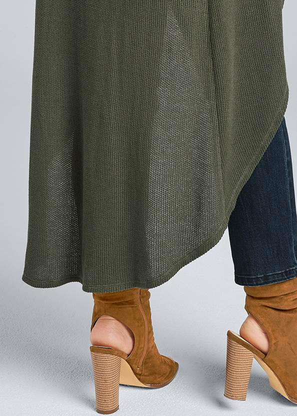 Alternate View Casual High Low Top