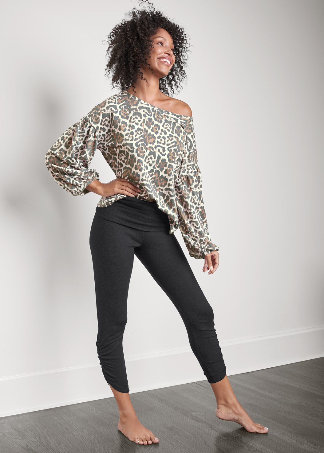 Crop Hacci Lounge Pant,Balloon Sleeve Lounge Top,Strapless Bra With Geo Lace