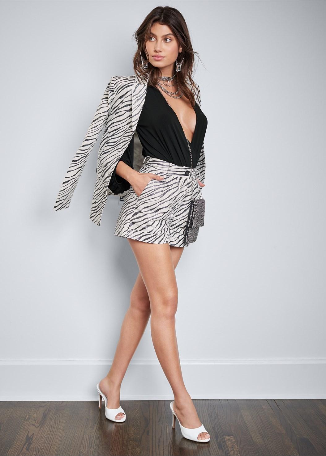 Zebra Print Shorts,Belted Zebra Print Blazer,Peep Toe Mules,Tassel Hoop Earrings,Chain Ring Choker Necklace,Chunky Chain Layer Necklace,Rhinestone Mini Crossbody
