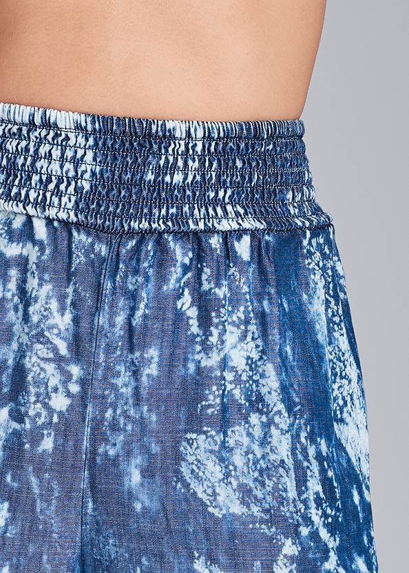Detail front view Tie Dye Chambray Pants