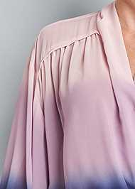 Detail front view Ombre Casual Top
