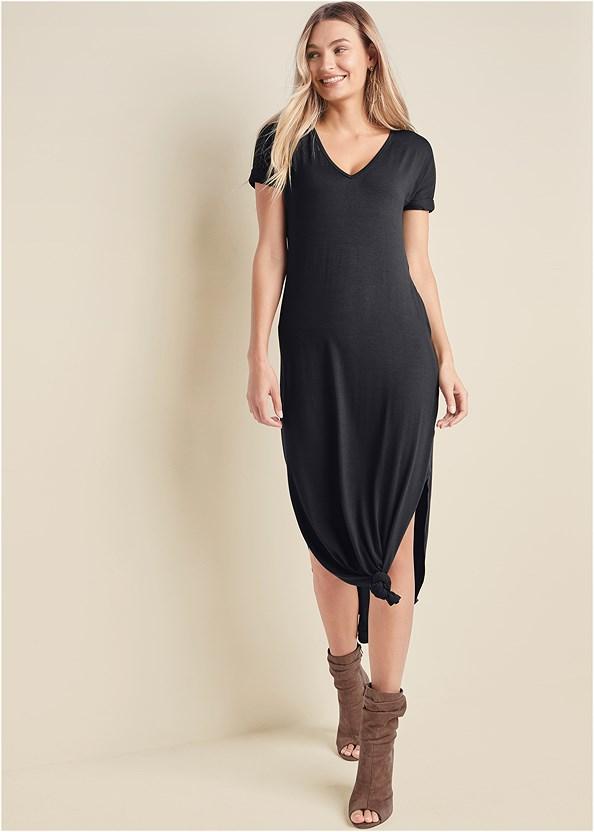 Casual T-Shirt Maxi Dress,Peep Toe Booties,Studded Matte Hoops,Fringe Handbag