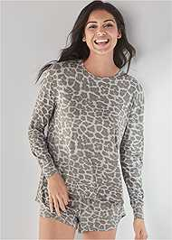 Cropped front view Long Sleeve Sleep Shirt