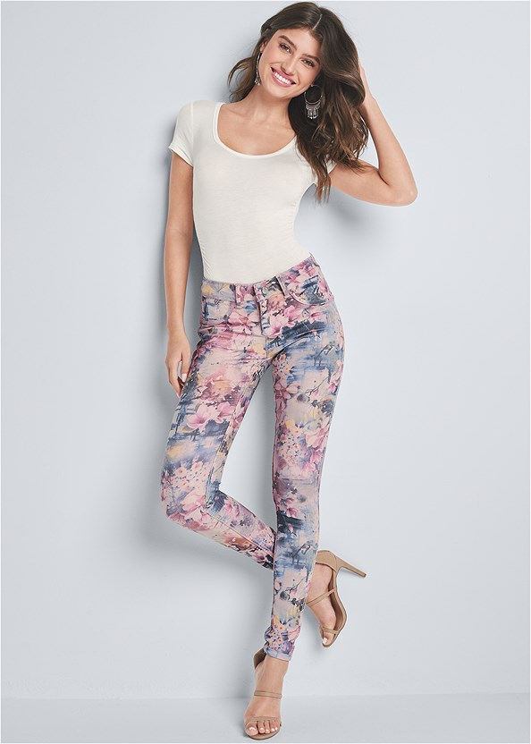 Reversible Jeans,Ruched Detail Top,High Heel Strappy Sandals,Tassel Hoop Earring