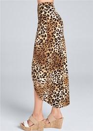 Waist down side view Leopard Print Maxi Skirt