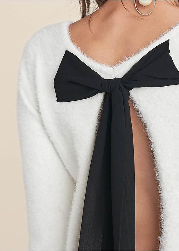 Detail back view Bow Detail Eyelash Sweater