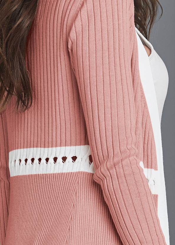 Detail back view Ribbed Knit Detail Duster