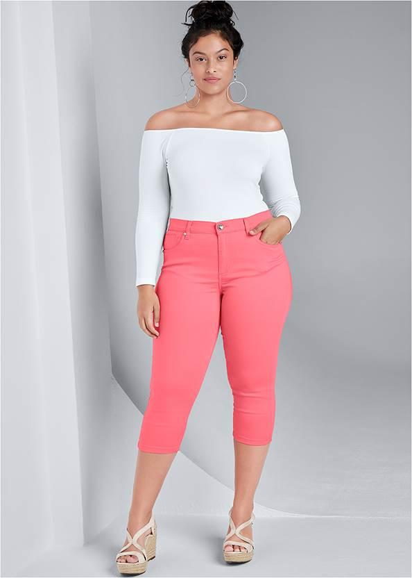 Color Capri Jeans,Off-The-Shoulder Top,High Heel Strappy Sandals