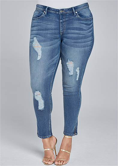 Plus Size Ripped Cropped Jeans