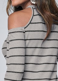 Detail back view Cold Shoulder Waffle Top