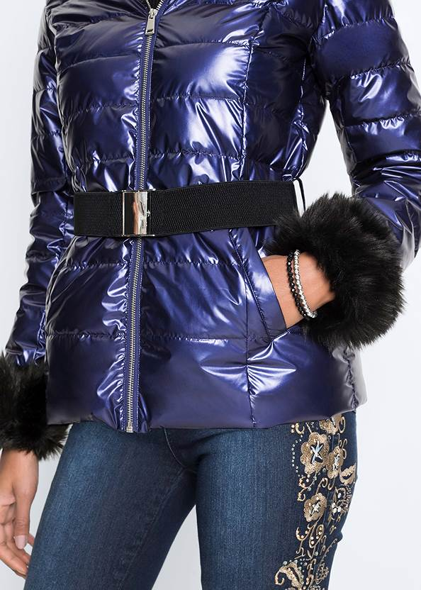 Detail  view Faux Fur Trim Puffer Jacket