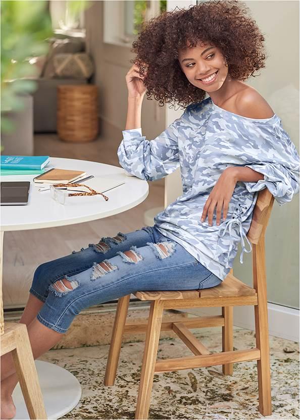 Camo Lace Up Sweatshirt,Ripped Capri Jeans,Capri Legging Two Pack