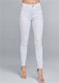 Cropped Front View Elastic Waistband Jeans